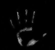 Inverted Human Handprint by hscart