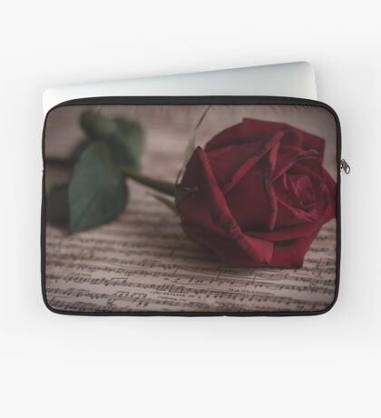 Rose on the music book Laptop Sleeve