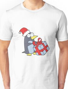 cartoon christmas penguin Unisex T-Shirt