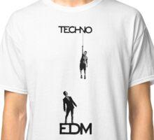Techno vs EDM Classic T-Shirt
