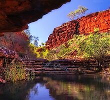 Weano Gorge by Mike Arnott