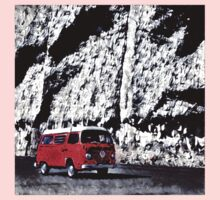 Orange Bus Cliff Backdrop Volkswagen Westfalia Kids Tee