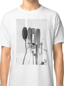 Microphone , sound recording equipment for singing Classic T-Shirt