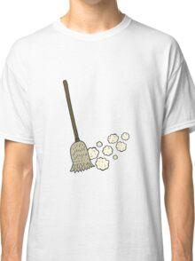 cartoon sweeping brush Classic T-Shirt