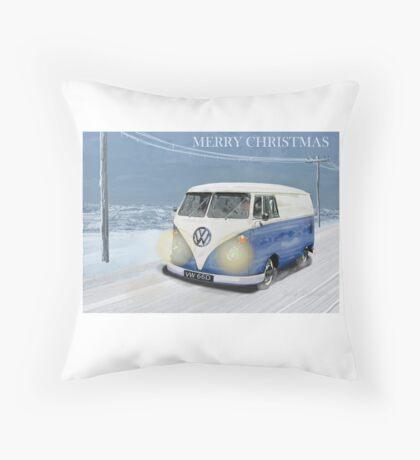 CHRISTMAS VW CAMPER VAN SNOW SCENE. Throw Pillow