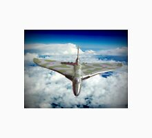 Vulcan XH558 In The Sky !! Unisex T-Shirt