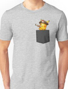 Pokemon - Pikachu with pirate cosplay in pocke Unisex T-Shirt