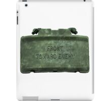 Front Towards Enemy - Claymore  iPad Case/Skin