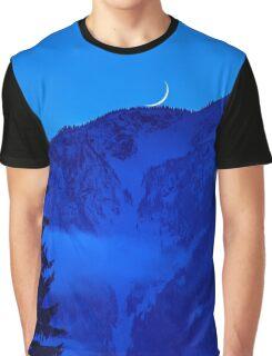 Mount MacPherson Graphic T-Shirt