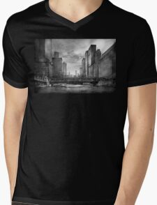 City - Chicago, IL - Looking toward the future - BW Mens V-Neck T-Shirt