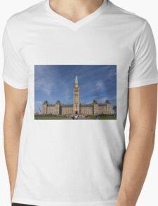Center block of the Canadian Parliament - Ottawa, Ontario Mens V-Neck T-Shirt