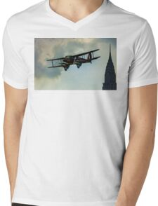 Business Class Travel In The 1930s Mens V-Neck T-Shirt