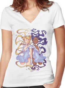 Gemina Women's Fitted V-Neck T-Shirt