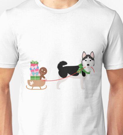 Husky Pulling Sleigh Unisex T-Shirt