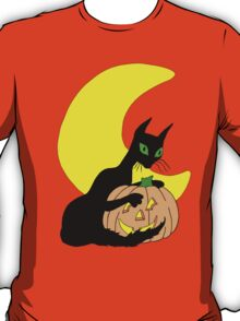 Black Cat Crescent Moon T-Shirt