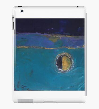 MOON REFLECTION iPad Case/Skin