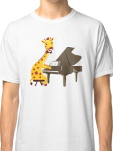 Funny giraffe playing music with grand piano Classic T-Shirt