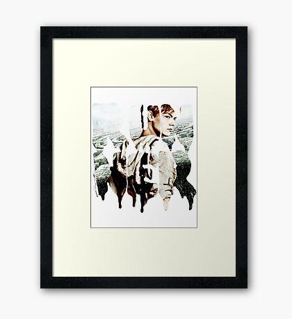 runner - newt Framed Print