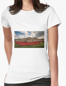Tower of London Remembers.  Womens T-Shirt