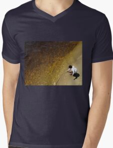 River Gold Mens V-Neck T-Shirt