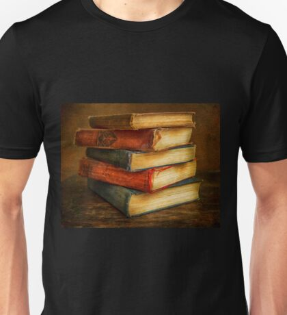 VINTAGE BOOKS Unisex T-Shirt