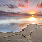 Wynnum Sunrise -Brisbane Qld Australia by Beth  Wode