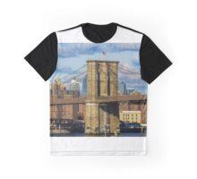 Brooklyn Bridge, New York, USA. Graphic T-Shirt