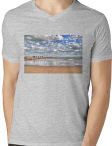 Quintana Jetty Mens V-Neck T-Shirt