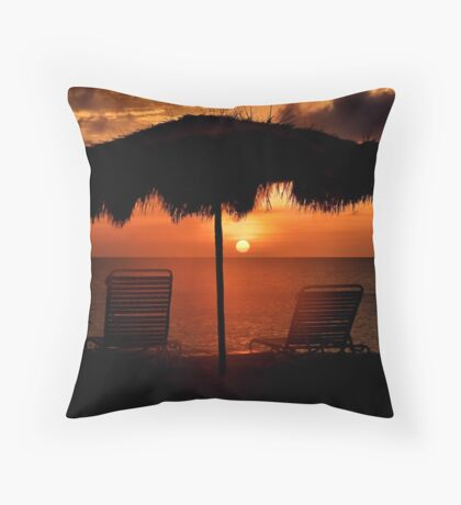 Eagle Beach Sunset Throw Pillow