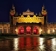Glasgow Kelvingrove Art Gallery and Museum by Maria Gaellman
