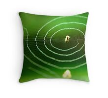 nature's electric fan Throw Pillow