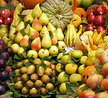 Fresh fruit Vitamin C display by Arie Koene