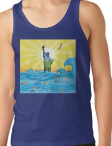 Cool Colorful New York Statue of Liberty and Fish Tank Top