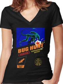 Aliens - Bug Hunt Women's Fitted V-Neck T-Shirt