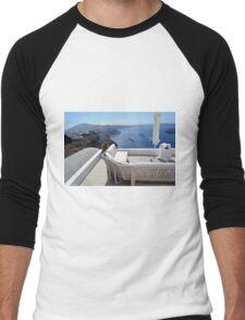29 September 2016 Lounge terrace and the view of volcanic caldera in Santorini, Greece Men's Baseball ¾ T-Shirt
