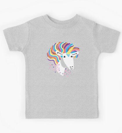 completely love this unicorn Kids Tee