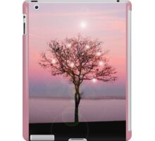 Magical Tree on the western Prairie.... iPad Case/Skin