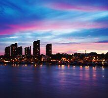 London Sunset by edwhyphoto