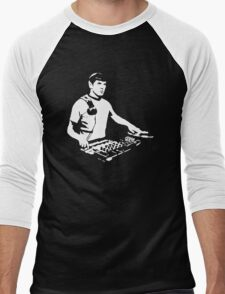 DJ Spock mixing on the decks (star trek) Men's Baseball ¾ T-Shirt