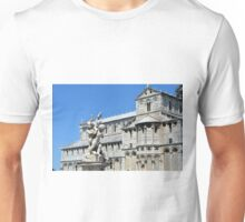 8 August 2016 The Piazza dei Miracoli (Piazza del Duomo) is located in the city of Pisa, Toscany, Italy.  Unisex T-Shirt