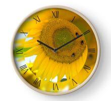 Three bumblebees on sunflower Clock