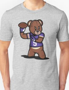 VICTRS - Teddy Football™ T-Shirt