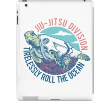 Turtle Jiu-jitsu Tirelessly Roll The Ocean iPad Case/Skin