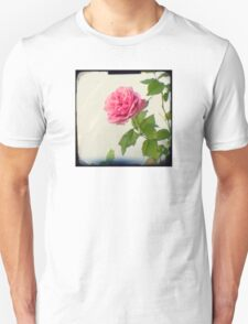 A single pink rose Unisex T-Shirt