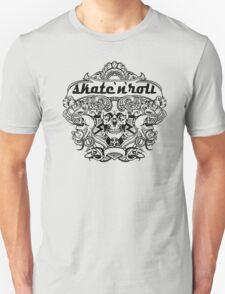Cool skateboard print with skeleton T-Shirt