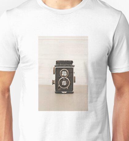 Vintage Rolleiflex Twin Lens camera Unisex T-Shirt