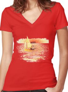Sailing Lake Ontario Women's Fitted V-Neck T-Shirt