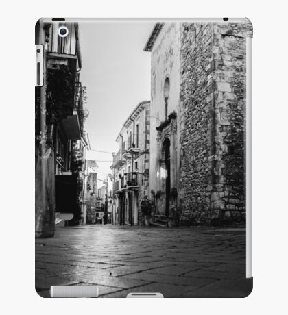 Streets of Italy - Guardiagrele iPad Case/Skin