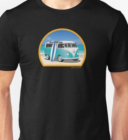 Split Window VW Bus Surfer Van on Beach Round Unisex T-Shirt