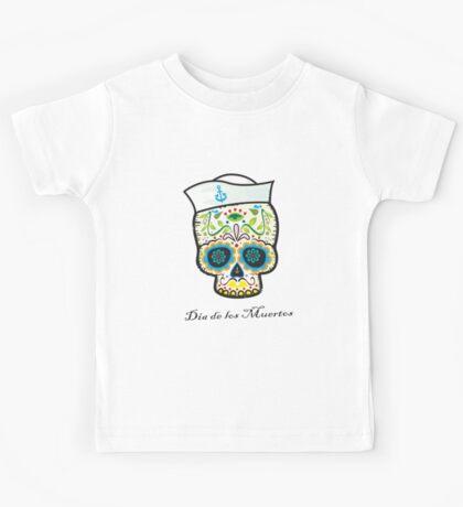 Dia de los Muertos/mexican sailor skull Kids Tee